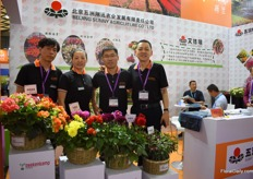 The team of Beijing Sunny Agriculture, they are the agent of Beekenkamp in China and they are doing business with them for over 20 years.