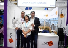 Denis Dullemans of Agrolux with Arjan Pauw of Gavita together with Rainbow.
