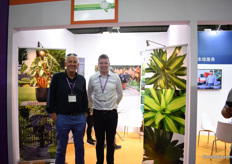 Jan and Jan Campo of Campo International. They are exploring the possibilities to supply their bulbs to China.