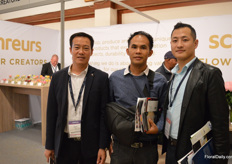 Kevin Ho of Kevin International, who consolidates shipments and transport them from Kenya to China, together with Chinese flower buyers Ye Zhiyon of Shengrun Flowers and He Jian Fe of Syangeng Africa were visiting the show.