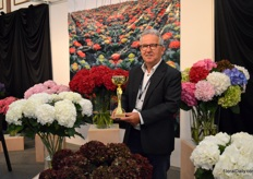 Frans Ederveen of Flora Delight. After years of trialing and testing, they now can supply their Kenyan grown hydrangeas year-round. And Frans is very pleased with the demand, that is coming from all overt the world.