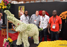 The team of Baraka Roses with Jo Newhau of J. Van Vliet cash and carry (second on the left) who was visiting the show.
