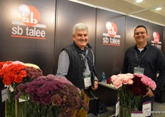 Celiar Norena and Raul Leal of SB Talee. This Colombian carnation breeder entered the Kenyan market just recently and is active on the market for about 2 years now. This year, they are introducing their new series Thrill (in the picture: the varieties in front).