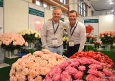 Arnaud Delbard and Arnoud Bolten of George Delbard, a French rose breeding company. A highlight at their booth is Julieta (on the left) and its mutant Julieta Cerise (on the rigth). In total, this variety has 3 mutants of which Cerise is currently commercial.