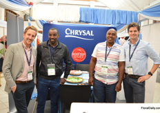 The team of Chrysal presenting the Rose Dip Service; a product that not only keeps roses Botrytis free, but also enhances colours and prolongs vase life.