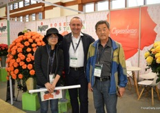 Alessandro Ghione of NIRP international with growers from South Korea.