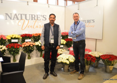 Vijay Jadhav and Jan Ruhe of Nature's Ventures, a new breeding company, established in November 2018. At Star Flowers in Naivasha , they have a 1,5 ha trial area. Over the last 7 years, they have been breeding and they are now ready to enter the market with their varieties. They mainly focus on roses in several lines and sizes destined for supermarkets.