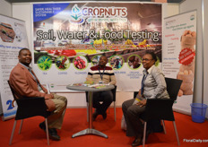 The team of Cropnuts.