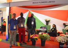 "The team of Milele Flowers. They mainly supply Kenyan roses to the Russian market and they see that 40cm stems are becomnig incrasingly popular in Russia. ""With these 'cheaper' varieties, florists nowadays use them to attract buyers to their store."""