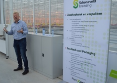 Edwin Klompenhouwer explains what is involved to be able to store seed properly and safely, to guarantee uniformity of a batch as much as possible and which tools are available to him and his team for this purpose.