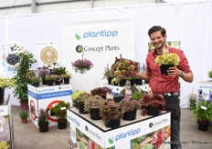 "Peter Rijssen of Plantipp / Concept Plants presenting Chick Charm. ""A plant for the students as they do not need any care, no water and are disease resistant."""