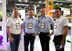 Stephan Alsemgeest, Tyler Rodrigues, Sjors Kuijpers Nico Niepce. Alweco Westland Greenhouse Solutions have been partners for many years and offer their knowledge and products in screening technology to the North-American market.