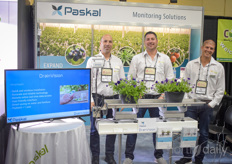 The team with Paskal showing the DrainVision system