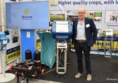 Arie-Jan Broere from Broere Hortitech showed the solution for al the problems growers had last summers. This is the Net Beat. The first irrigation system with a brain, so they say.