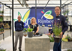 The team of Rijnbeek and Sons celebrates the 80th anniversary of the company. Icing on the cakeL They won 2 awards, one for their Primula Alison Holland (silver) and Salvia Amethys Lips (bronze)