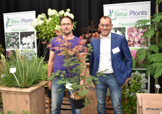 Jan-Willem Wezelenburg (breeder and treegrower) with his variety Brown Sugar and Van Vliet plants, the link between growers and the market. Worldwide, they put new varieties of different breeders on the market. e