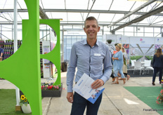 Peter Lindhout of Concept Data Systems was also visiting the show.