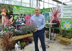 Ed Marley of Whetman Pinks presenting Flutterby and Cherry Burst (on the left), a new dianthus variety.
