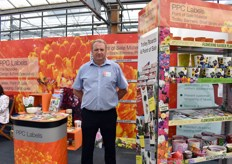 Jeremy Watkinson of PPC Labels. Next to the 70 percent recycled polypropylene labels and tags. PPC Labels also introduced a new non-plastic product at the IPM Essen, namely labels and tags made out of Delipac paperboard. Now, they will alsoo start to supply POS material made out of Delipac paperboard.