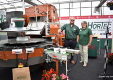 Dan Downie and Kate Hewitt of Hortec, the agent of Javo in the UK, presenting the Javo potting machine M2.0, suitable for 10 up to 32cm pots.