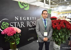 "Diego Negrete of Negrete Star Roses. For 12 years, he is growing roses in the Cotopaxi province in Ecuador and 80% of his production goes to Russia. After some difficult years during the crisis in 2014-15 he is seeing the market improving. ""Prices however are still low, but clients are more open to new things and products."""