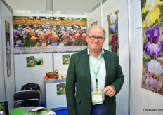 Richard Cayeux of Cayeux, a French exporter and breeder of Irises. The company is a family company owned by the fifth generation and they supply their flower bulbs to Europe, USA and Russia. After winning an award for one of their varieties (Ravissant) in 2010, they started to export to Russia in 2011. In France, they have 20 ha of Irises.