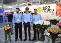 Diego Acosta, Santiago Serreno and Bryan Salazar of Ecoroses. About a third of their production goes to Russia and over the years, they have seen the demand for shorter roses increasing. However, they see the Russian economy going up and therefore hope that they will start buying long roses again.