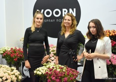 Again Maria Bernhard and Yvet Bosma, here at the booth of Voorn Spray Roses. The lady on the right is Maria Aristova.