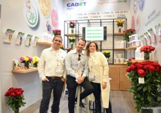 Harel Caduri, Eyal van Moppes and Gabriela Victoria of Gadot Agro. This Israeli company supplies post-harvest solutions for over 40 years in Israel and over the last 5 years, exports to Kenya, Ecuador, Colombia and China increased. At the show, they are preseting Longlife (a consumer product) and T.O.G (for the grower). In Colombia, Agrointegral is the distributor of the Gadot products.