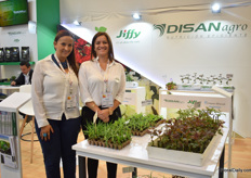 Pilar Galvis and Vivian Reina of Jiffy. Amongst others, they are presenting products for the propagation of roses and carnations. Disan is the distributor of Jiffy in Colombia, Ecuador and Peru.