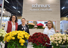 Marcela Sanchez, Angelica Quitero and Lina Sanchez of Schreurs. At the booth, they present several of their well-known varieties like Wasabi, and Pink Floyd, and several new varieties.