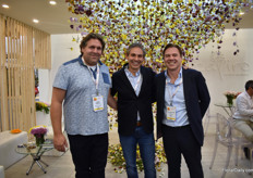 Albert Borst of Bovebo, Carlos Manuel Uribe of Flores el Capiro and Jean Philippe of Greenwings at the booth of Capiro. This chrysanthemum grower ships 80 percent of it flowers by sea and is currently one of the largest shipper of flowers by sea in the world.