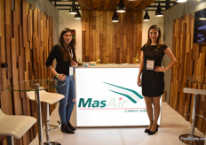 Lorena Aristizabal and Laura Echavarria of Mas Air.