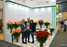 Bellaflor is a relative new farm established in 2004. On the photo Jose Luis Ardila, the general manager, with his wife Michela Diaz and his sister Sheyla Ardila. Michela is also one of the roses they grow and is exclusively owned by Bellaflor (since they 'discovered' the mutant themselves).