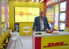 Ulf Jantzen with DHL. The yellow-red is know all over the world, and offers, among others, cargo fleights from Bogota to Miami 6 times per week. Recently the new route Panama-Lima-Quito-Panama was established.