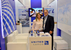 US based United Cargo operates many cargo flights all over the world. In Colombia, Mildred Garcia is the one keeping contact with all the growers. Terry Phillips helps overseeing the business from 'home', that is, Houston.