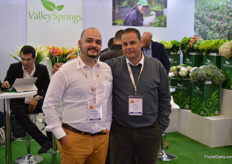 "Valley Springs is a grower with 130 ha of  hydrangea. That makes it the biggest grower & exporter of this product in the country.  Amongst other, Alejandro Montoya and Juan Uribe were present at Proflora to promote the brand""."