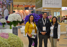 Plazoleta is a grower of a wide variety of flowers, notably of alstroemeria, statice, limonium, solidago, and more. From left to right Maria Cuadros, German Gomez, and Gloria Santiesteban.