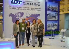 Since May this year, LOT Cargo started operating cargo flights from Miami to Warsaw. From left to right Fernanda Domingos, Roberto Parrague, Diana Poverda, Francisca Thomson, and Malgorzata Rowinski.