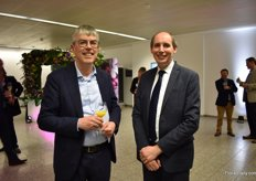 Steven van Schilfgaarde of Royal FloraHolland - the Headline partner of the event, and Tim Briercliffe of AIPH - the organizers of the Event.