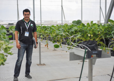Alexander de Leon of Formflex. Formflex installed the gutter systems at the strawberry trials.