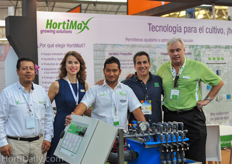 The entire team of Ridder / Hortimax together with Mauricio Revah of United Farms.