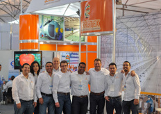 The team of Serretek and Certhon.