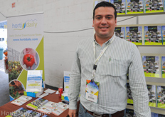 Costa Rican Grower Randall Fallas from Del Monte in front of the HortiDaily booth.