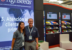 Mariel Aceves-Williams and Steve Coffey from US Agriseeds.