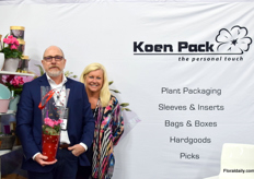 Keith Watts of Koen Pack USA and Alynn Grant of Koen Pack Canada Inc.