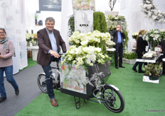 """Jan de Boer, director of Barendsen on their own designed bike to deliver flowers. ""This idea arose as more and more purchases are being done not the internet. We decided to create a bike so that florists can deliver their flowers. It is not only more environmentally friendly to ride a bike, the delivery also seemed to be faster, about 14 minutes. On February 19, 2018 the fist 12 bikes will be delivered to the municpality of Basel, Switzerland, to enhance sustainability."""
