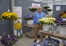 Joop Kooijman from Pan American Seed, here with the Cool Wave line, a line of hanging baskets (petunia's)