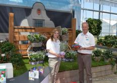 Gé C. M. Bentvelsen and Jocelyne from ABZ Seeds. The breeder of strawberry plants is active in two different markets: the greens&veggies and the horticultural sector