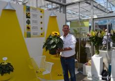 Evanthia was present with, among others, their Sunflower concept. This is a cooperation between 15 different growers and breeders of sunflowers. On the picture Luit Mazereeuw
